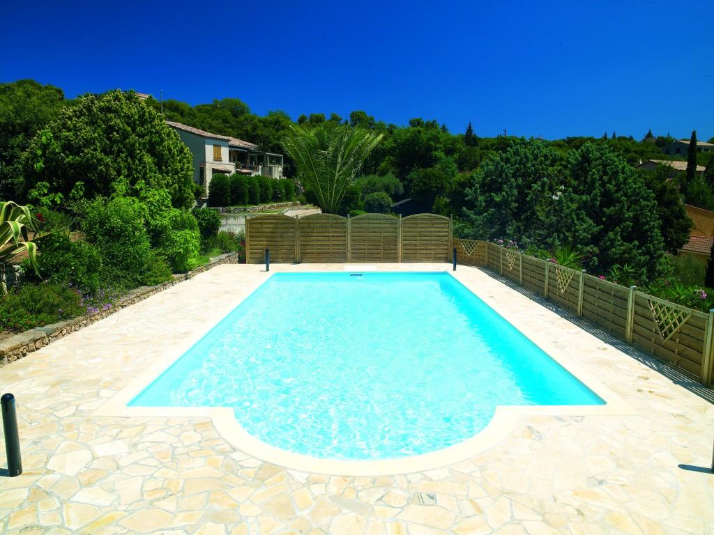 Les piscines en kit modulaires votre piscine parfaite for Specialiste piscine